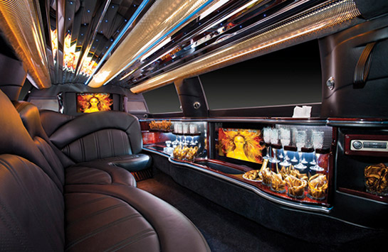 black-lincoln-mkt-limousine1