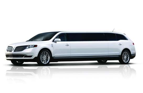 white-lincoln-mkt-limousine-side
