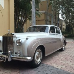 1960-antique-rolls-royce