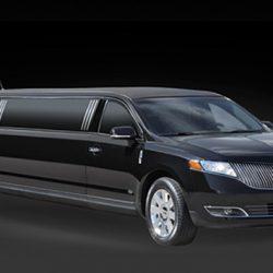 black-lincoln-mkt-limousine